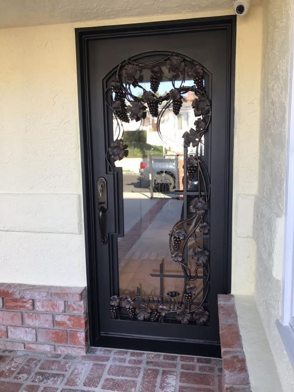 Vino Square Top Single Front Iron Door